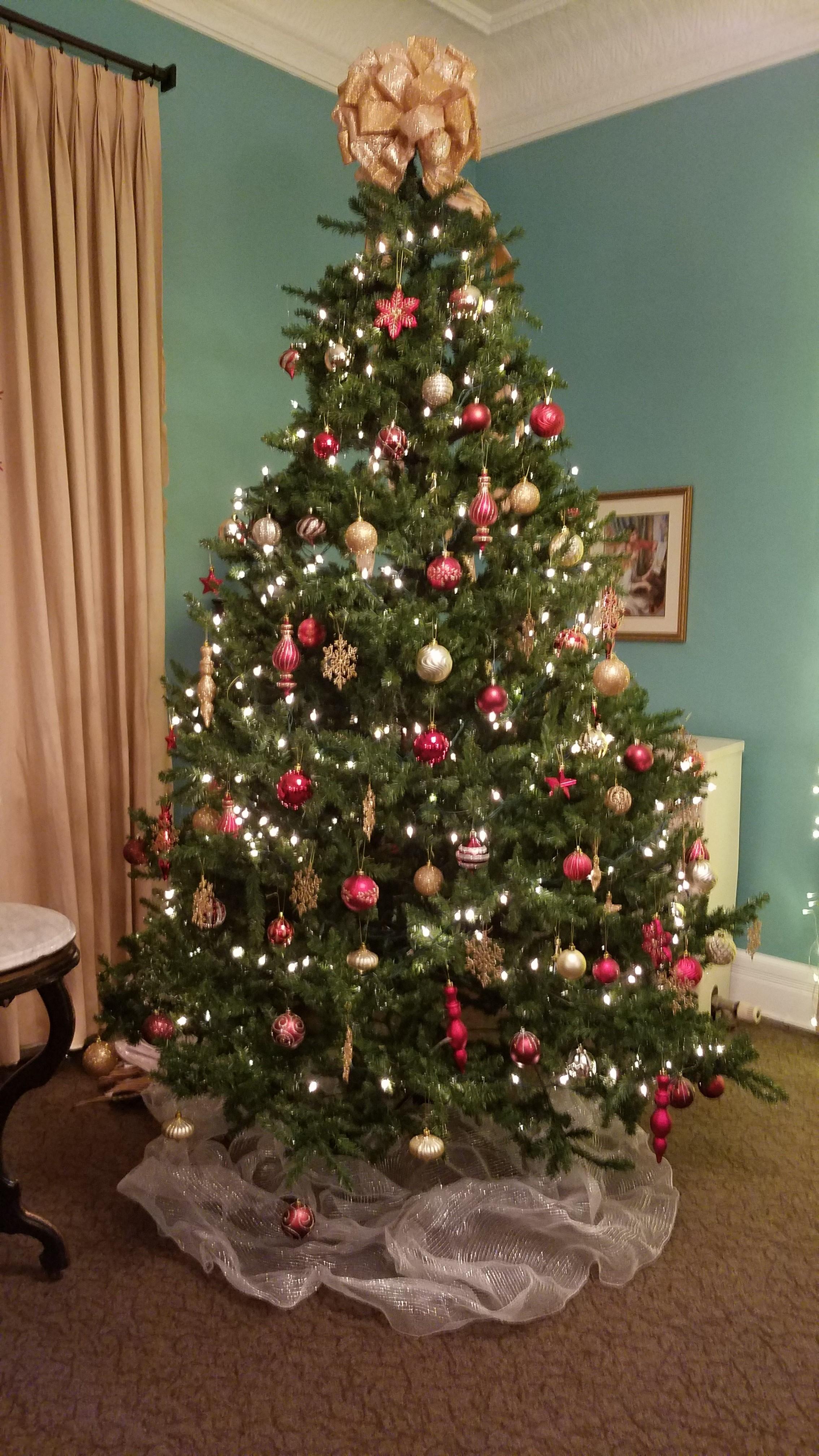 VWH Christmas Tree 2018